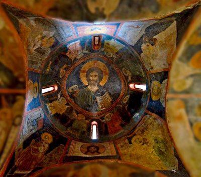 Боянская церковь в интерьере, потолок