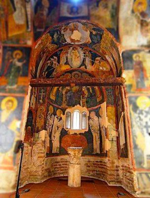 Боянская церковь в интерьере, алтарь