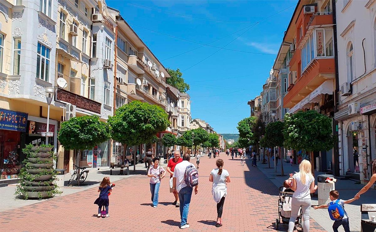 Улица Варны, Болгария