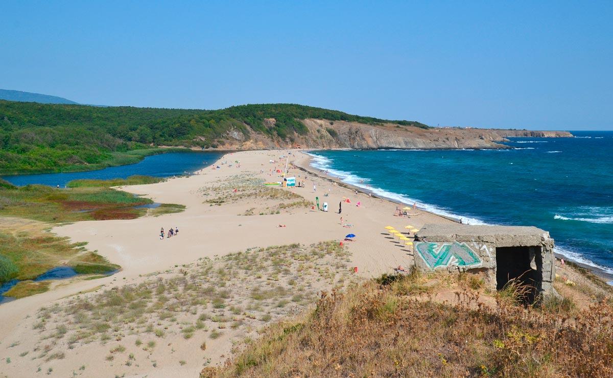 Пляж Синеморец